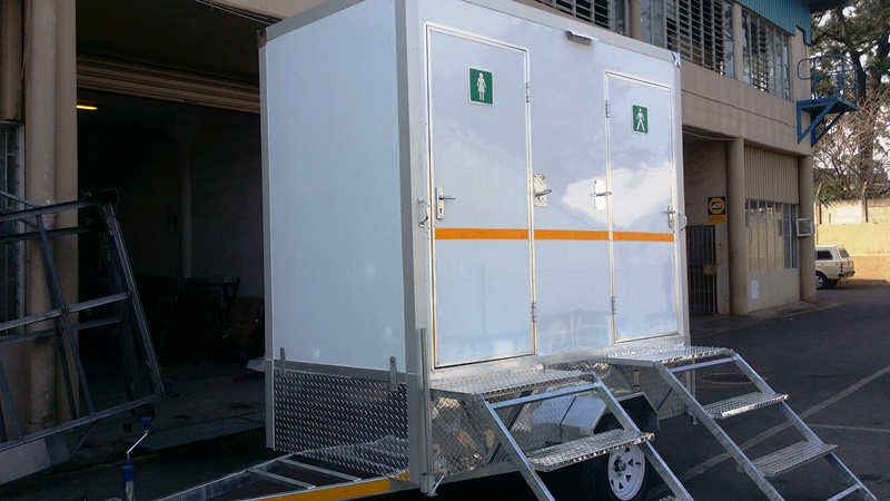 Mobile Vip Toilet Male And Female Unbraked Siyazenzela